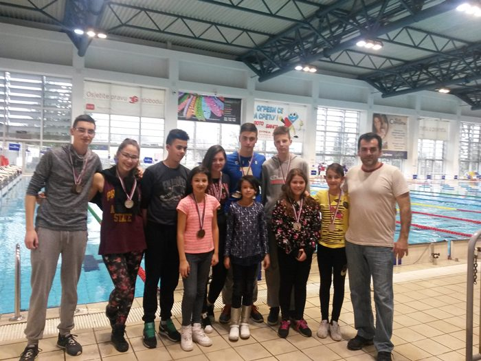 plivaci Leotara u Banja Luci