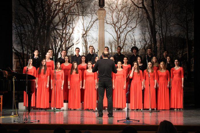 U Trebinju je na humanitarnom koncertu učenika i profesora Muzičke škole prikupljeno 975 KM koje će biti uplaćene za liječenje njihovog sugrađanina