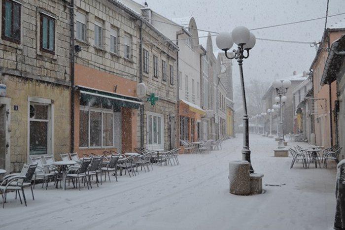 snijeg april 25 nevesinje