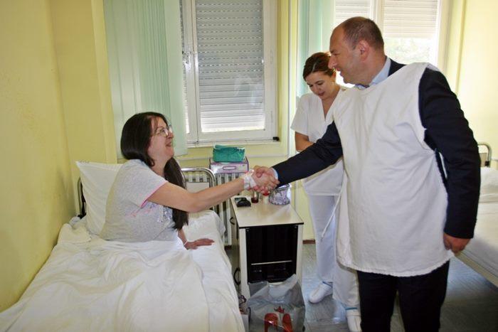 porodiliste-trebinje-petrovic-posjeta-1