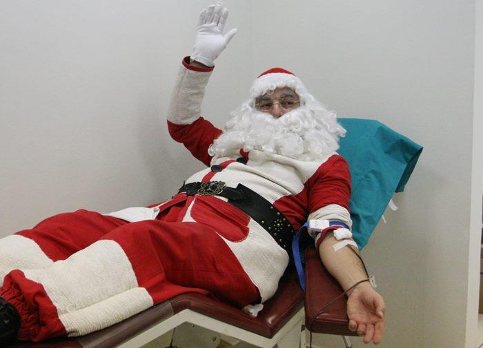 djed mraz darovanje krvi trebinje 2017