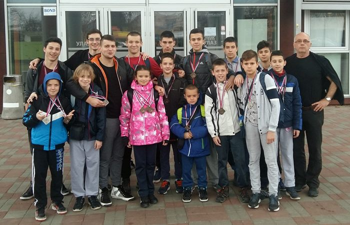 plivaci leotara zimsko prvenstvo rs banjaluka