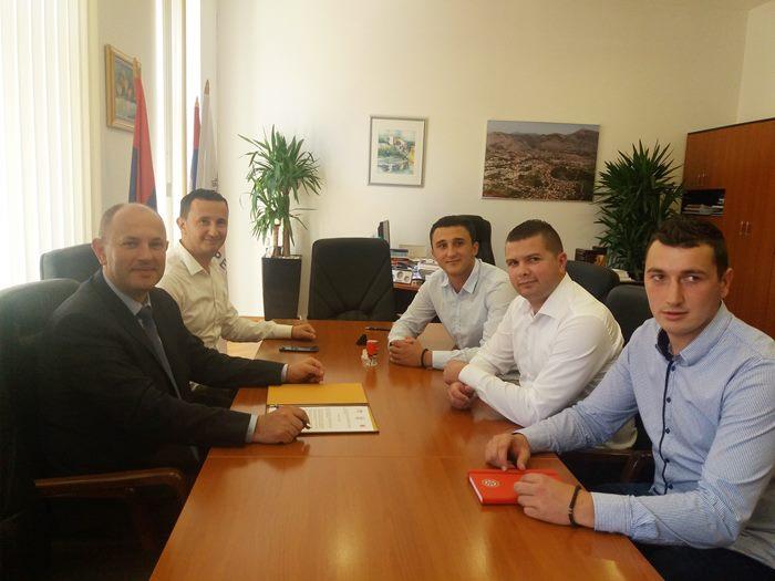 sastanak gradonacelnik i studenti