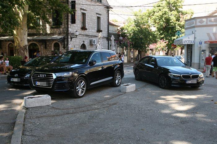 automobili stari grad