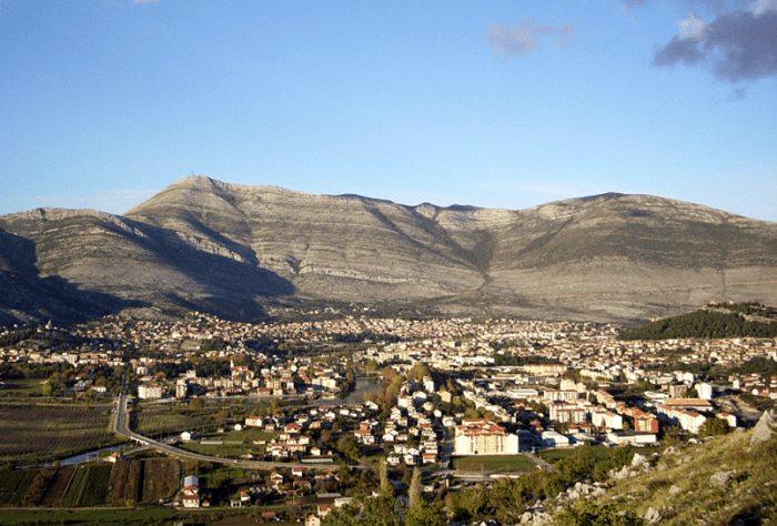 3-Trebinje-Leotar_pogled sa juga 2-min